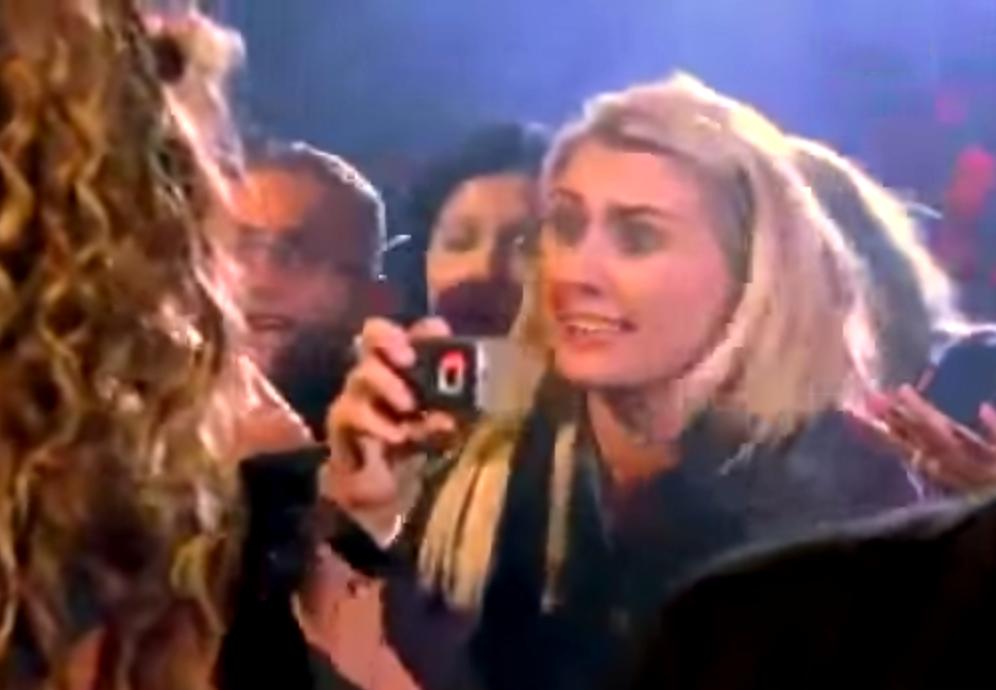Beyonce fan sings FAIL