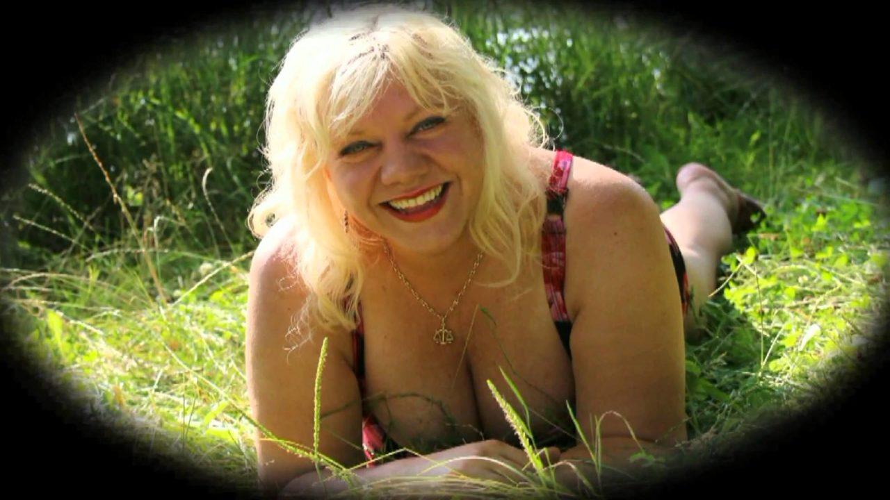 Marie Pojkarová a Dalibor Zurinek - Tvůj úsměv