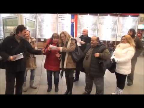 Iskriaci dav na autobusovej stanici v Bratislave (Blážová a kolektív)