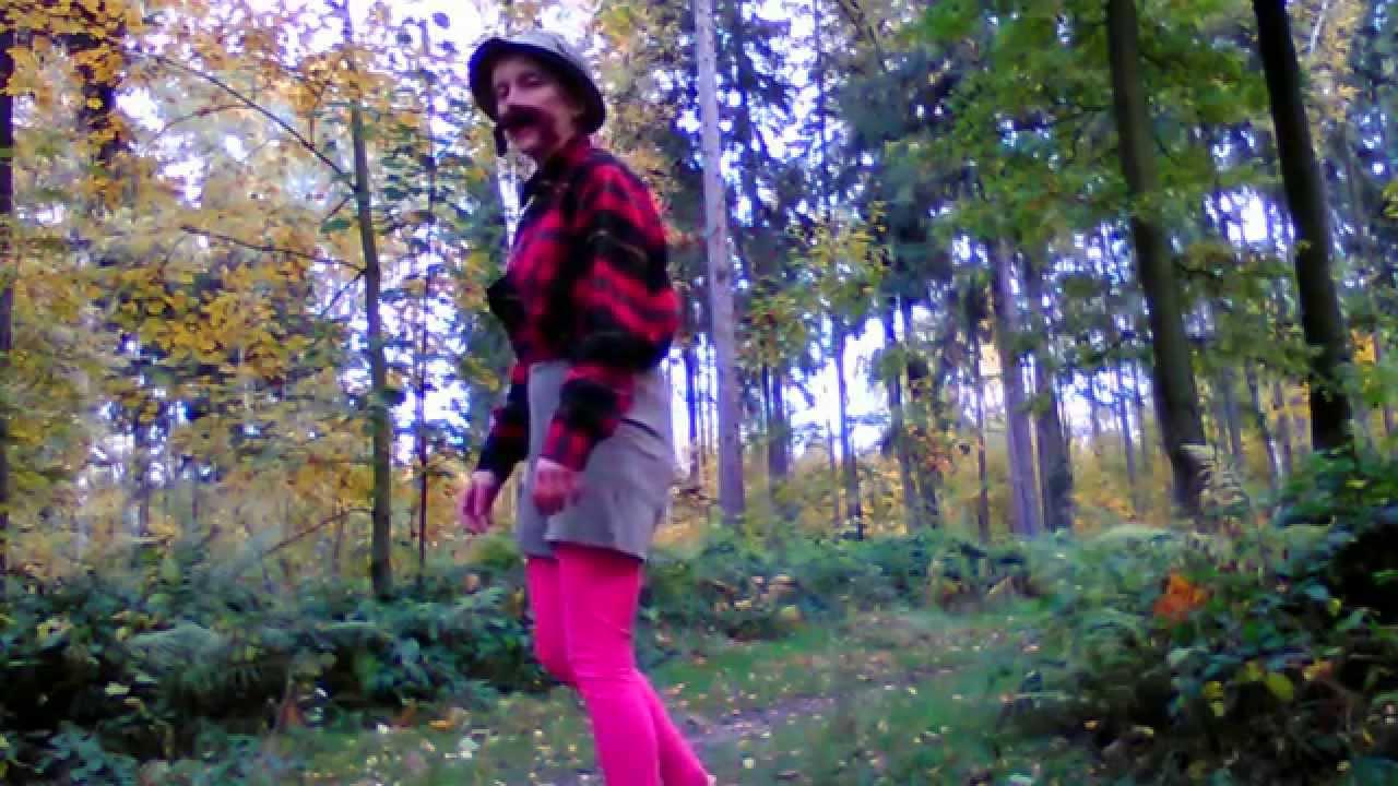 Darja Hloušková  – V dáli za horama stojí chajda malá (trampská)