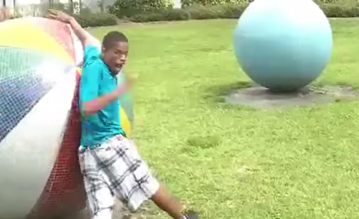Gay Boy Dances To Nicki Minaj's